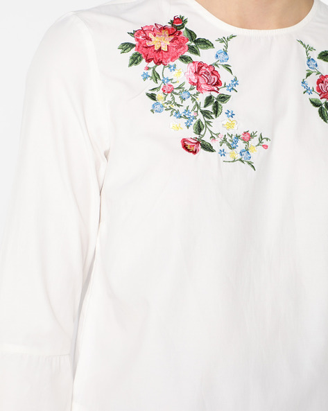 Floral Embroidered Top With Bell Sleeves By AJIO ( White )