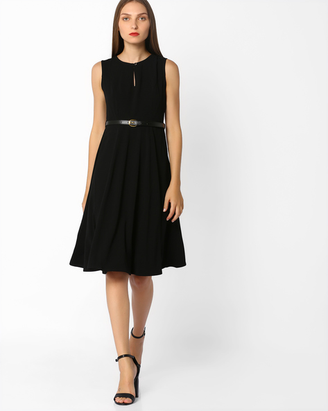 Fit & Flare Belted Dress By AJIO ( Black )