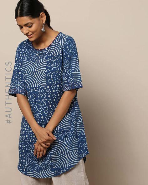 Handblock Print Indigo Embroidered Cotton Tunic By Indie Picks By AJIO ( Indigo )