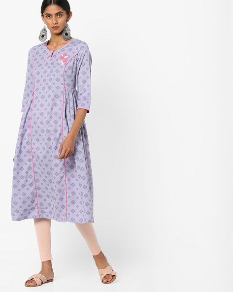 Printed Flared Kurta With Floral Embroidery By AJIO ( Purple )