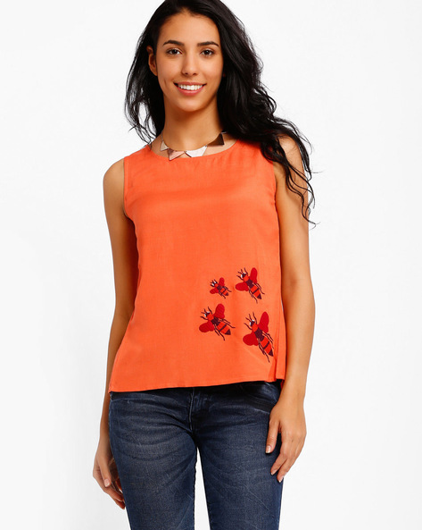 Sleeveless Top With Back Slit By AJIO ( Coral )