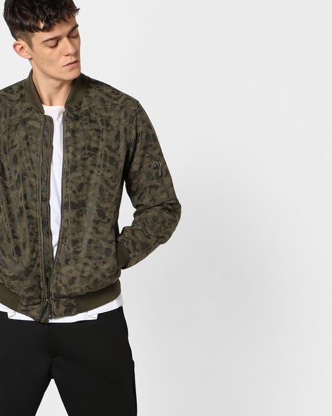 Camouflage Print Jacket With Zipper Accent By AJIO ( Olive )