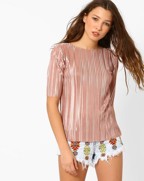 Satin Pleated Top By Glamorous ( Metallic )