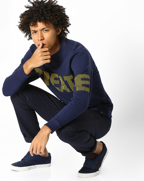 Typographic Print Crew-Neck Sweatshirt By Lee ( Navyblue )