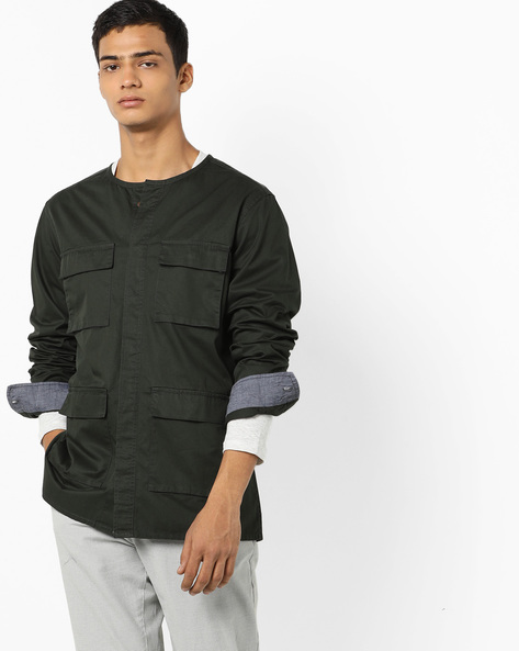 Shackets With Concealed Button Placket By AJIO ( Olive )
