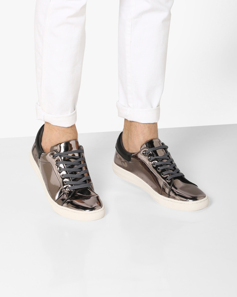 Lace-Up Sneakers With Metallic Finish By AJIO ( Silver )