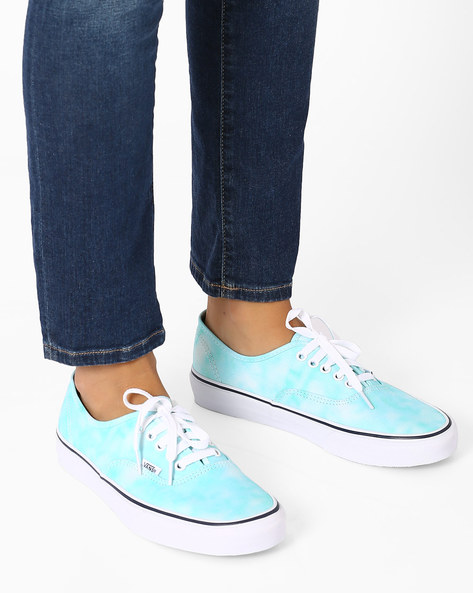 Tie-Dye Casual Shoes By Vans ( Multi )