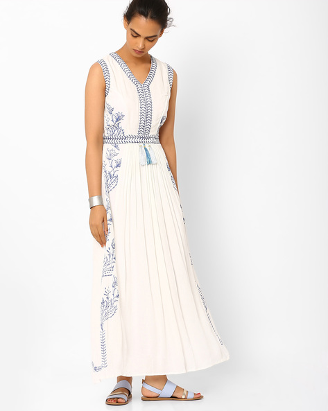 Floral Print Maxi Dress By Vajor ( White )