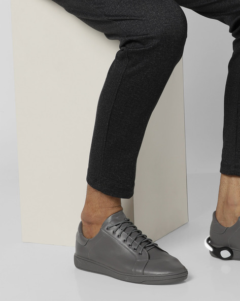 Lace-Up Sneakers With Detachable LED Bands By AJIO ( Darkgrey )