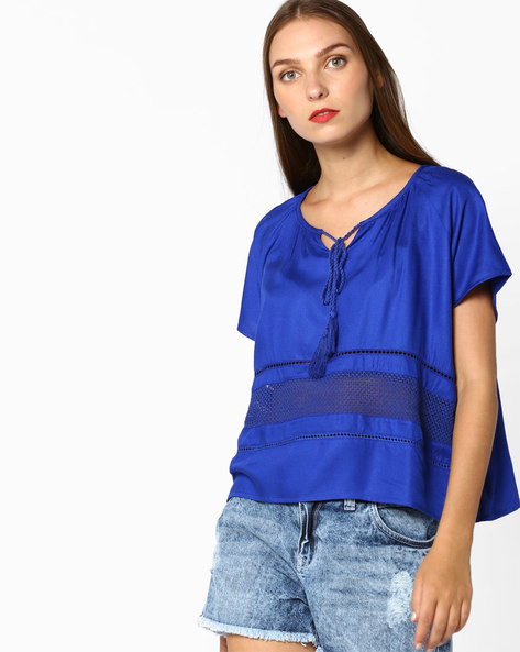 Crop Top With Tasselled Tie-Up By AJIO ( Blue )