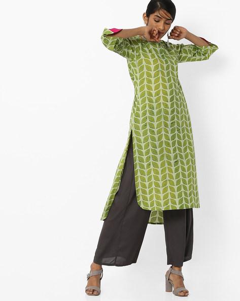 Leaf Print Kurta With Insert Pockets By SIYAHI ( Green )