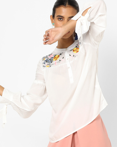 Panelled Top With Floral Embroidery By Oxolloxo ( White )