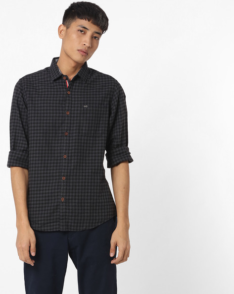 Slim Fit Checked Shirt With Patch Pocket By The Indian Garage Co ( Black )