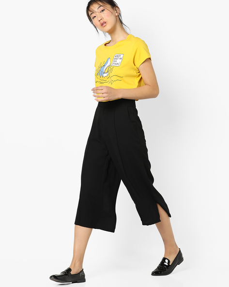 Flared Culottes With Tucks By AJIO ( Black )