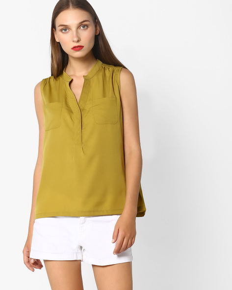 Sleeveless Top With Patch Pockets By Blue Saint ( Green )