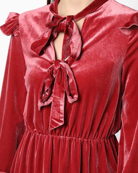 Velvet Dress With Tie-Up Neckline By OEUVRE ( Pink )