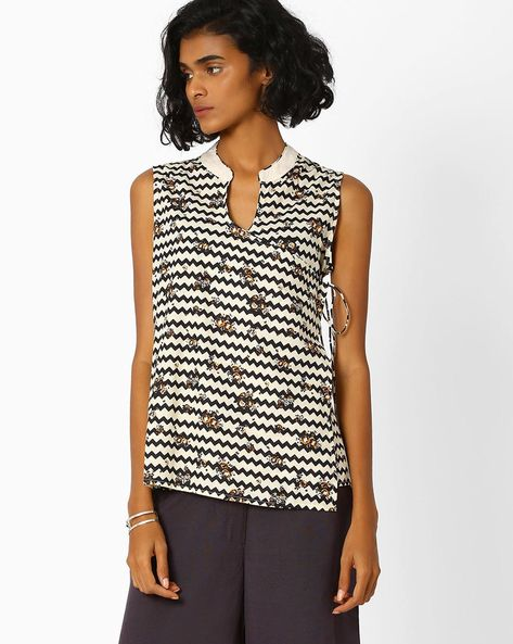 Chevron Print Angrakha Top By AJIO ( Black )