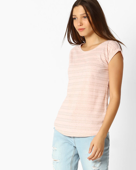 Woven Top With Cut-Out Detail By Fame Forever ( Peach )