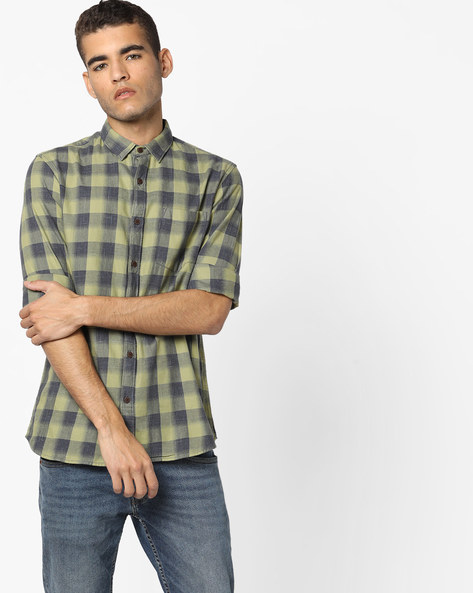 Checked Slim Fit Shirt With Patch Pocket By AJIO ( Olive )