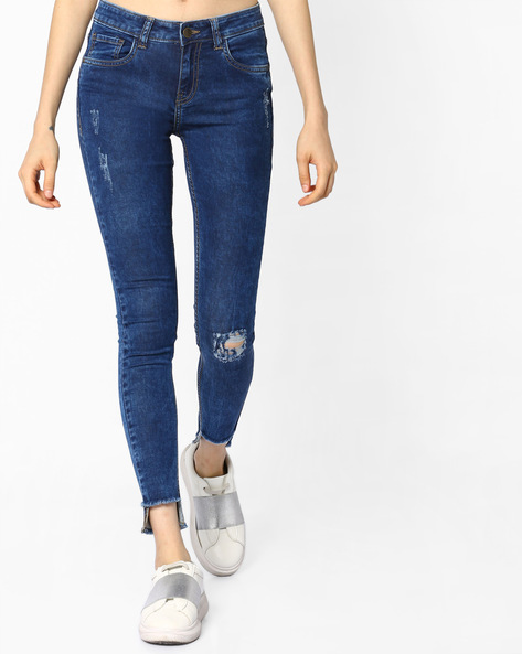 Mid-Rise Denims With Step-Hems By AJIO ( Lightblue )