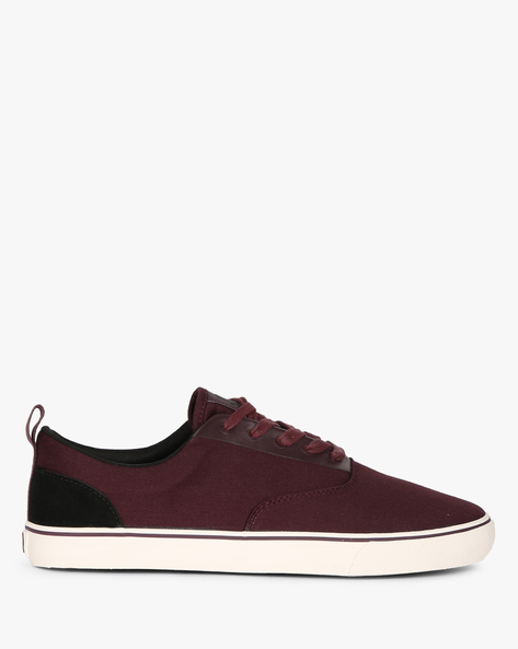Panelled Canvas Casual Shoes By UNITED COLORS OF BENETTON ( Burgundy )