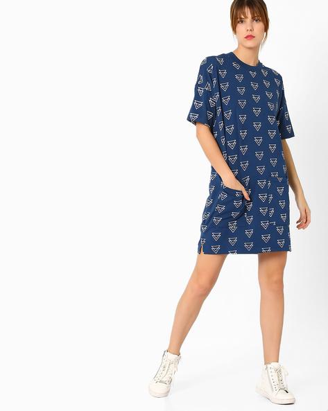Geometric Print Shift Dress By AJIO ( Navyblue )