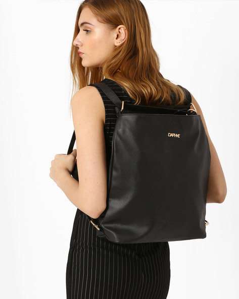 Sling Bag With Multipurpose Straps By Daphne ( Black )