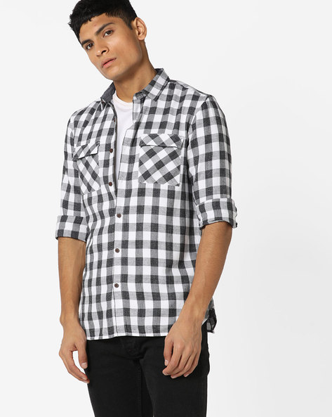 Checked Slim Fit Shirt With Flap Pockets By AJIO ( White )