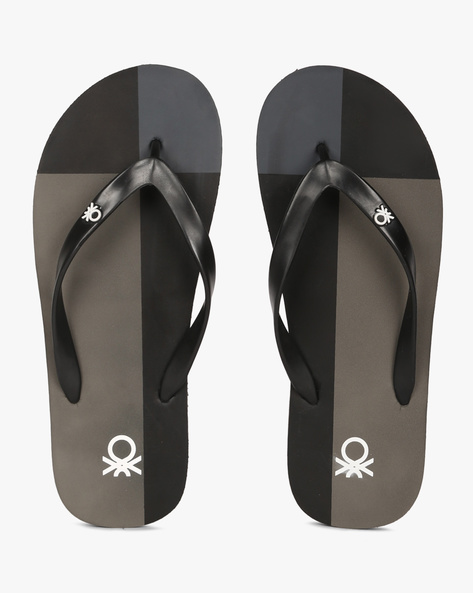 Colourblock Thong-Style Flip-Flops By UNITED COLORS OF BENETTON ( Grey )