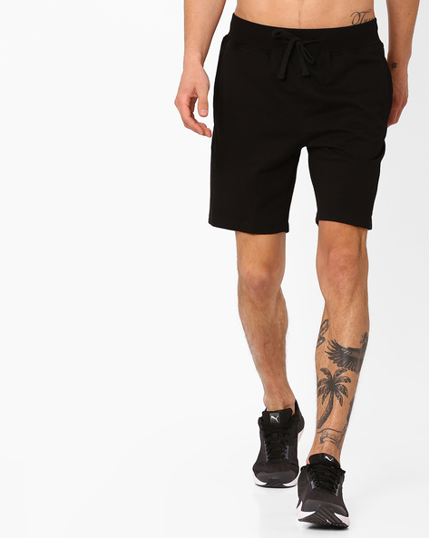 Slim Fit Shorts With Drawstring Fastening By AJIO ( Black )