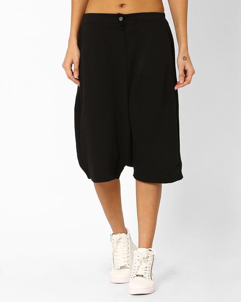 Anti-Fit Culottes With Slant Pockets By AJIO ( Black )
