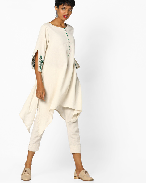 Asymmetrical Hem Kurta With Split Embroidered Sleeves By PE IW Evening ( Whiteswan )
