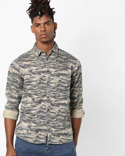 Camouflage Print Shirt With Curved Hemline By AJIO ( Black )