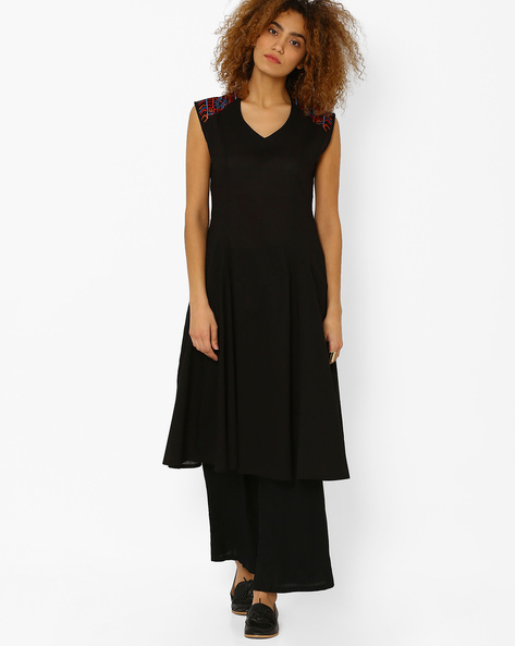 Sleeveless Flared Kurta By AJIO ( Black )