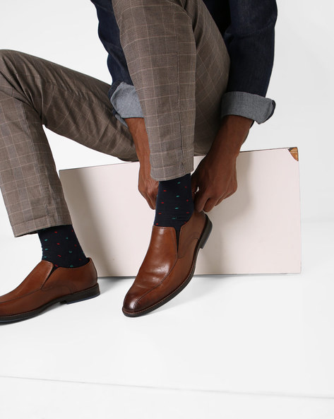 Panelled Slip-On Leather Shoes By CLARKS ( Tan )