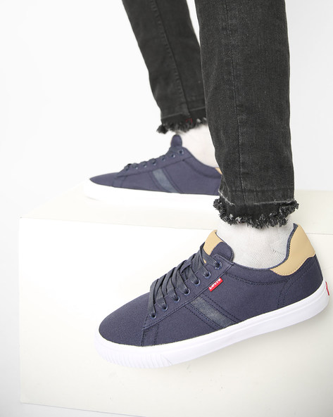 Picasso Canvas Shoes With Lace-Up By LEVIS ( Navyblue )
