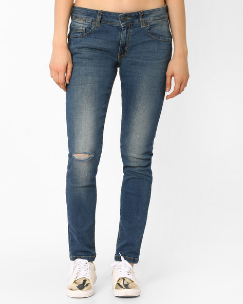 Lightly Washed Jeans With Slashed Knee By Pepe Jeans ( Blue )