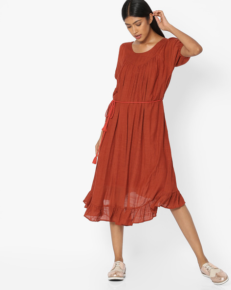 Dress With Tassel Tie-Up By Tokyo Talkies ( Red )