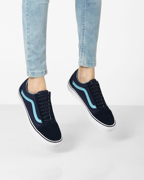The Gum Old Skool Panelled Casual Shoes By Vans ( Blue )