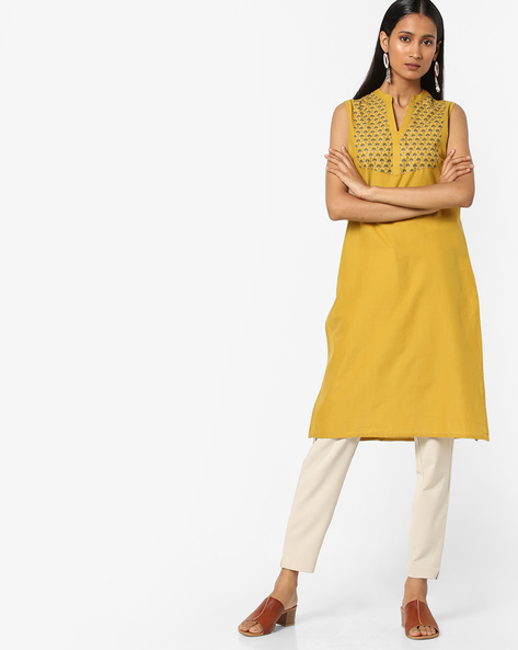 Sleeveless Kurta With Mandarin Collar By AJIO ( Lime )