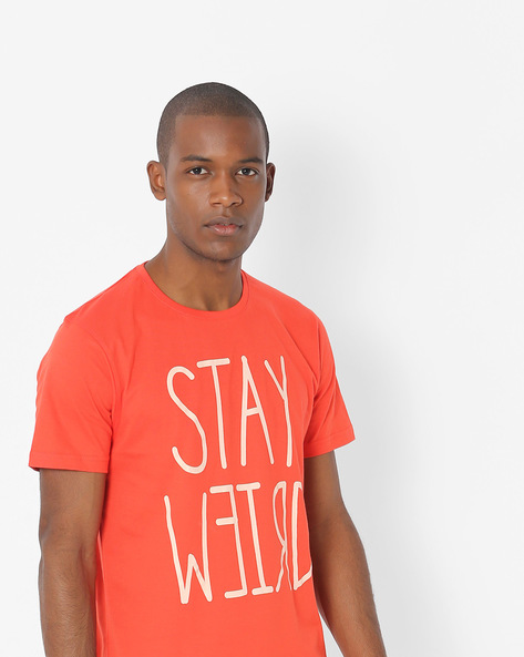 Typographic Print Crew-Neck T-shirt By Souled Store ( Red )