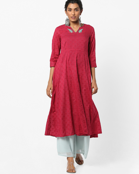 Flared Distressed Kurta With Embroidery By AJIO ( Red )
