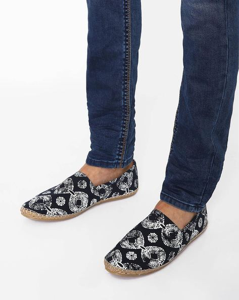 Abstract Print N9-Treated Canvas Espadrilles By AJIO ( Navy )