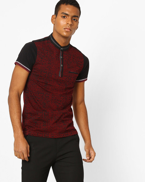 Printed T-shirt With Band Collar By Fort Collins ( Maroon )