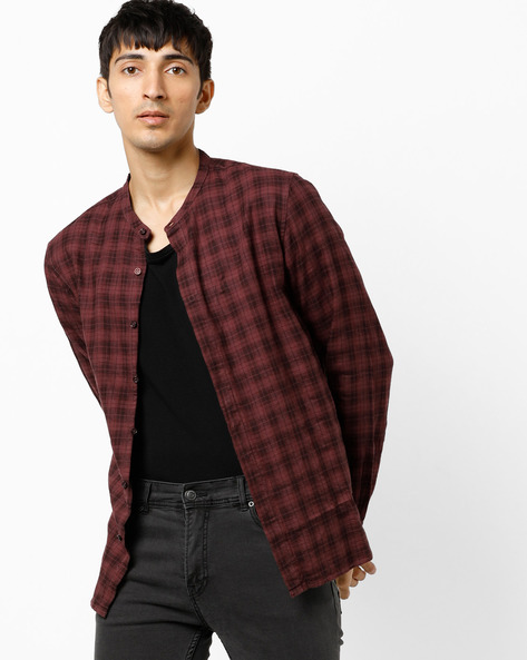 Slim Fit Checked Shirt With Band Collar By AJIO ( Brick )