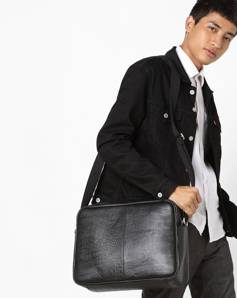 Textured Genuine Leather Messenger Bag By JUSTANNED ( Black )