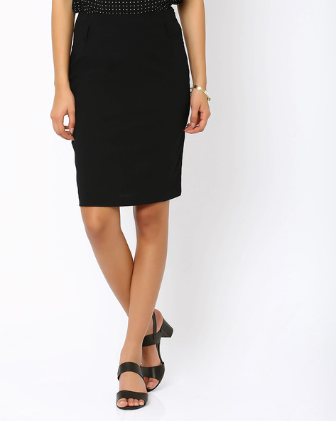 Pencil Skirt By AJIO ( Black )