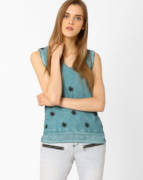 Printed Sleeveless Top By DNM X ( Turquoise )