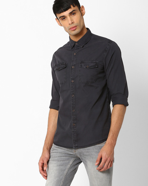 Slim Fit Shirt With Flap Pockets By AJIO ( Charcoal )