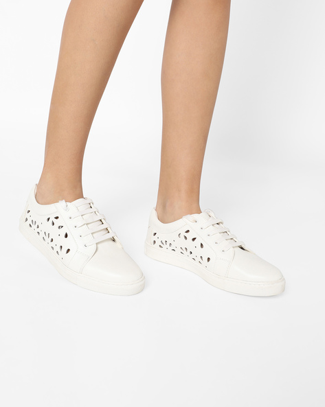 Sneakers With Cutouts By AJIO ( White )
